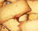 Biscotti morbidi ripieni piemontesi