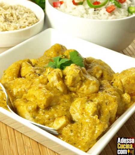 Pollo al curry e mele