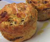 Muffin al prosciutto crudo e radicchio