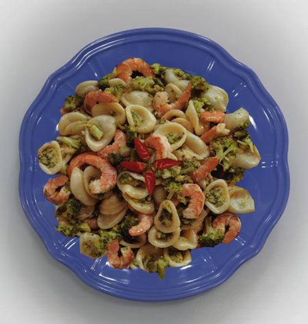 Orecchiette con broccoletti e gamberi