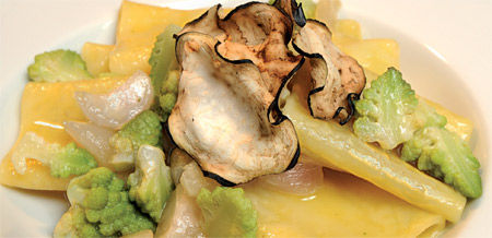 Paccheri con broccoli e cavolfiore