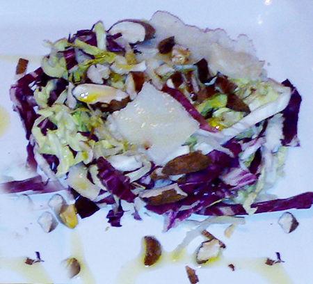 Insalatina alle mandorle e parmigiano