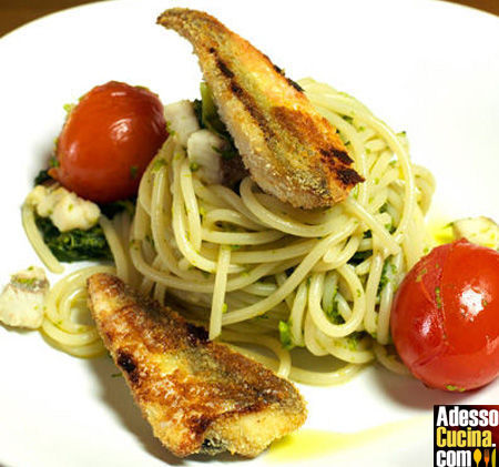 Spaghetti alle cime di rapa con filetti di gallinella