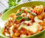 Gnocchi con salsa alla mozzarella
