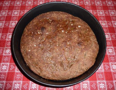 Focaccia di pane nero ai 7 cereali