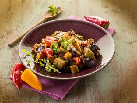 Seitan con olive e peperoni - Ricetta