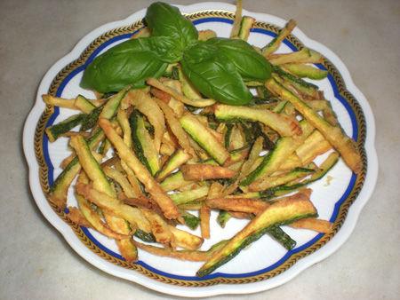 Bastoncini di zucchine appetitosi