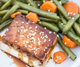 Tofu glassato al malto con semi di sesamo