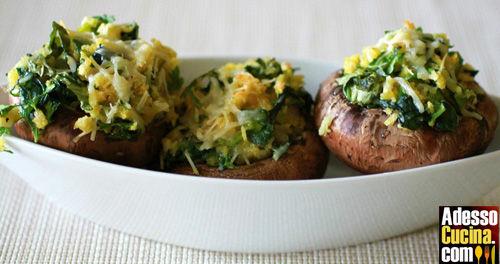 Funghi con ripieno agli spinaci