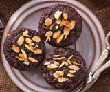 Biscotti con nocciole e cacao