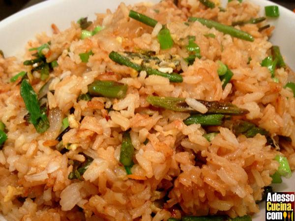 Riso con asparagi e salsa di soia