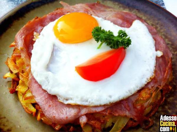 Rösti con uova e prosciutto