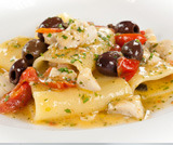 Paccheri di Gragnano con pesce e olive