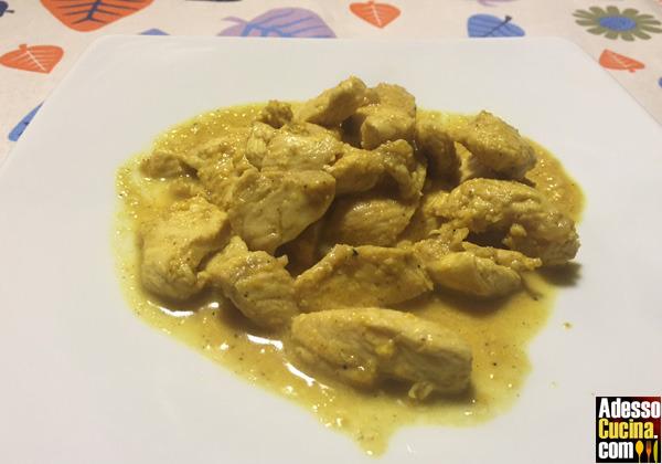 Pollo al curry e yogurt Dukan