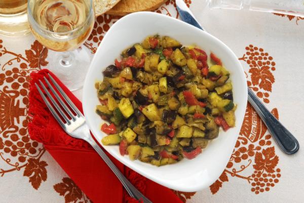Dadolata di verdure in padella
