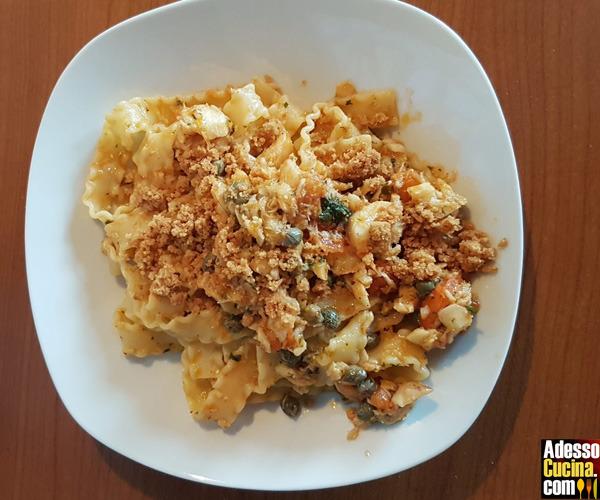 Reginette con merluzzo e mollica fritta